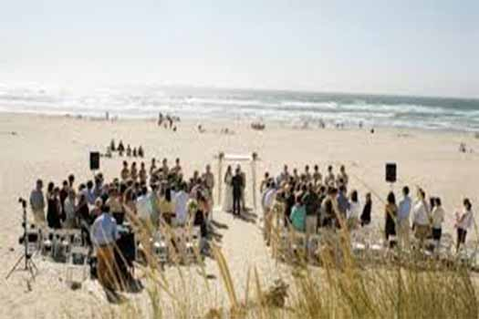 top 5 oregon beach wedding venues, oregon wedding dj, oregon photo booth rental